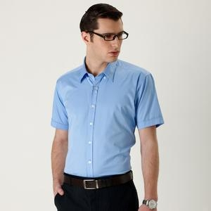 蓝衬衫搭配大地色系领带或西装